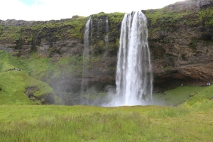 Seljalandsfoss waterfall from the front