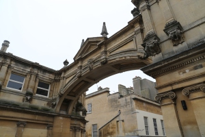 An arch connecting two buildings, near the Roman Baths