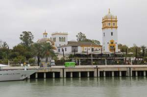 For the 1929 Expo, all Spanish-speaking countries were invited to participate. Each built an extensive pavilion or building -- this is Argentina's. Most of them are owned by the city of Seville or are embassies now.