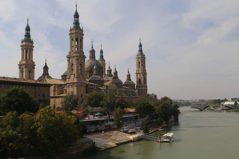 Basilica de Nuestras Señora del Pilar on the Ebro River