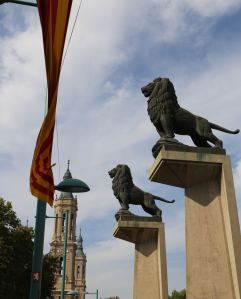 Dual lions at the bridge across the Ebro River