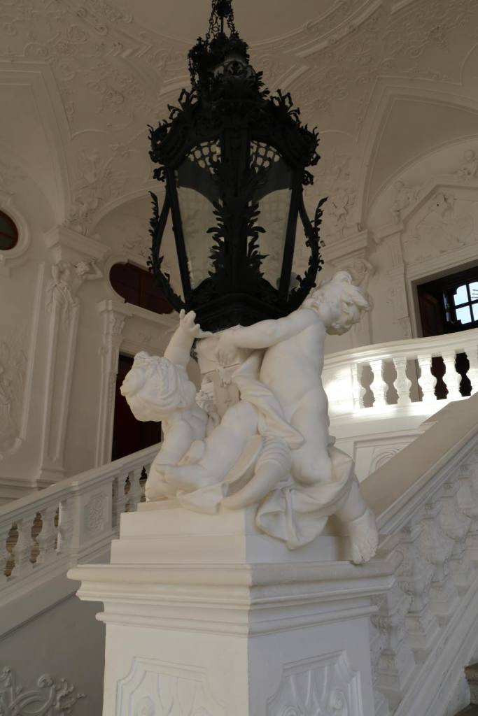 Cherubs in the Upper Belvedere staircase
