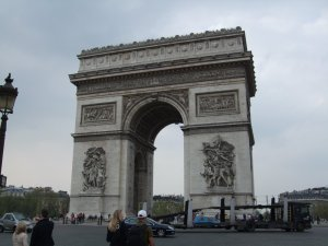Arc de Triomph, taken in April 2009