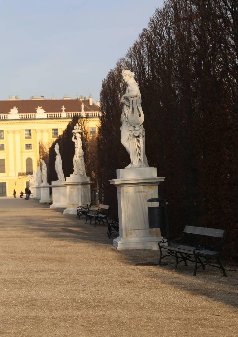 Schonbrunn19