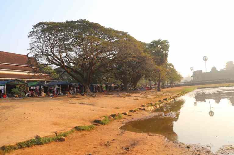 AngkorWatMkt11