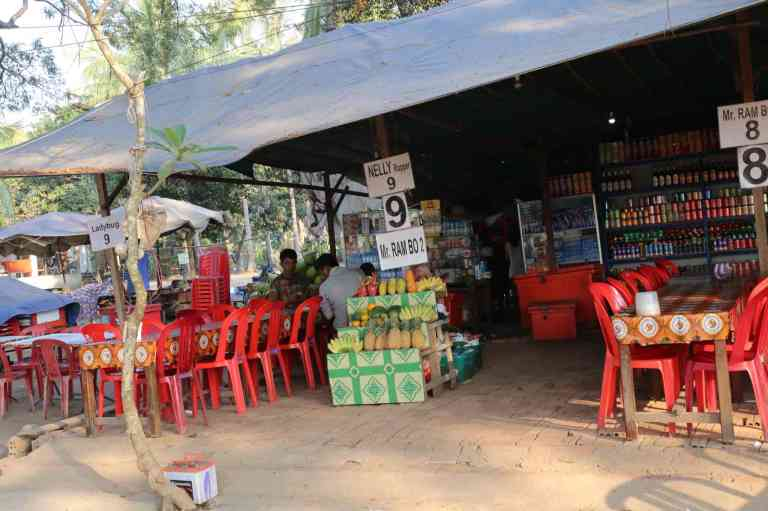 AngkorWatMkt6
