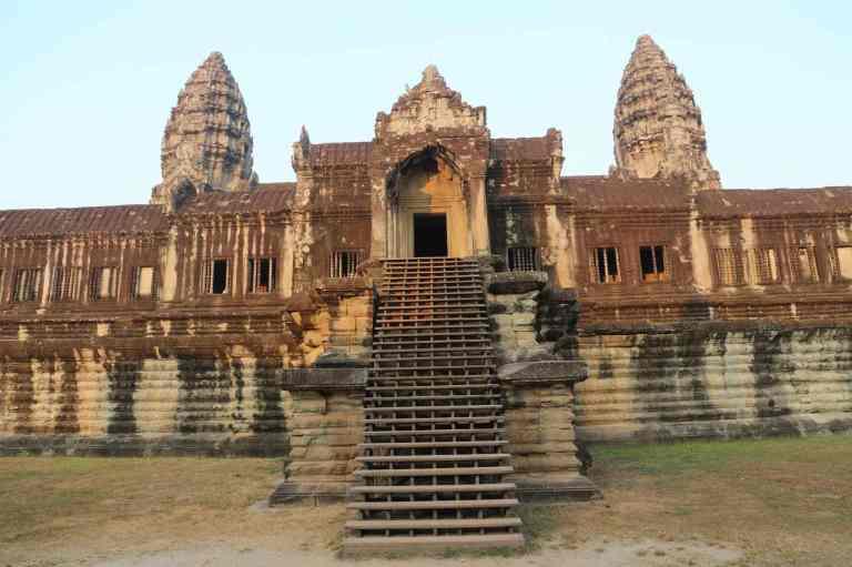 AngkorWatMonkeys16