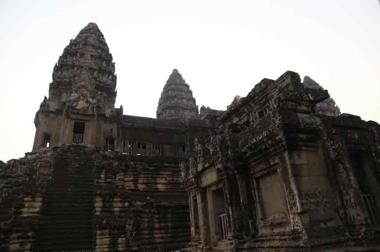 AngkorWatSunrise20