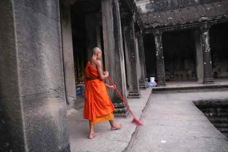 AngkorWatSunrise4