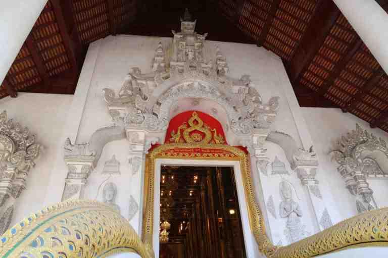 Luang11