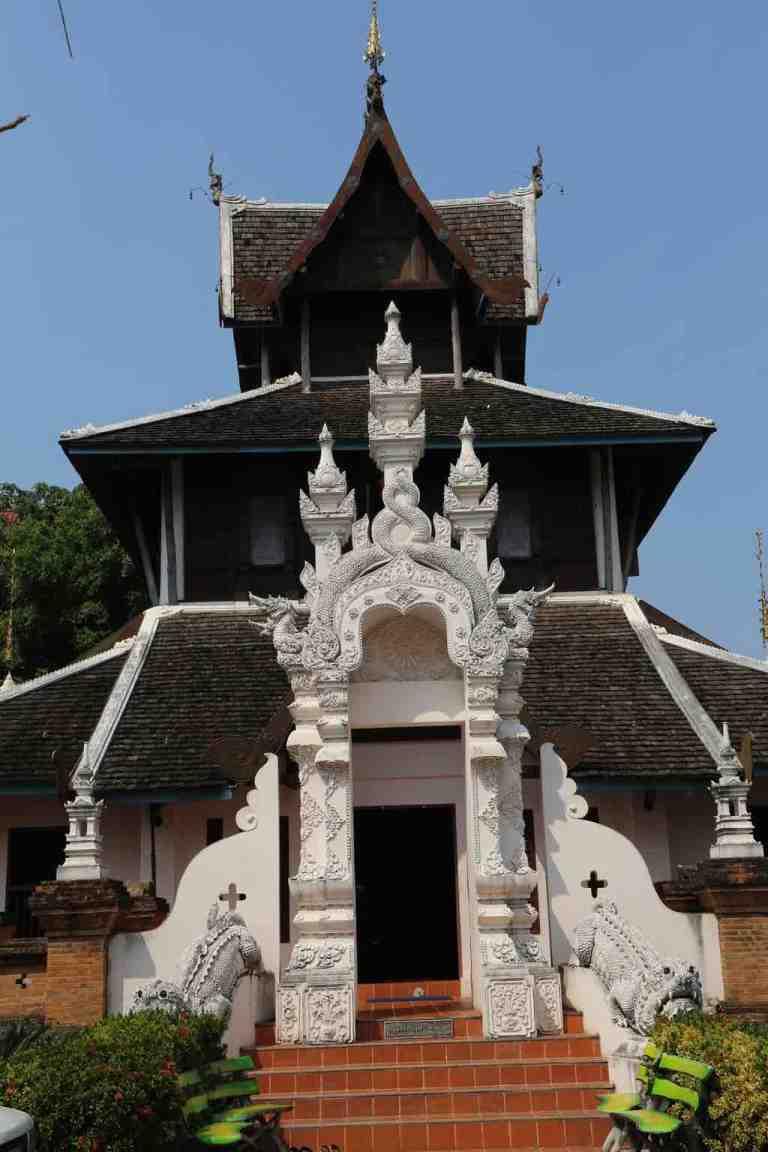 Luang23