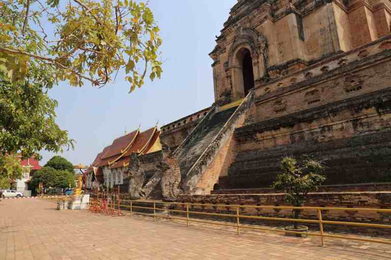 Luang28