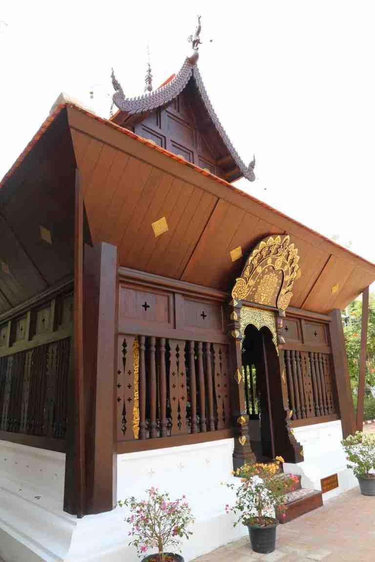 Luang30