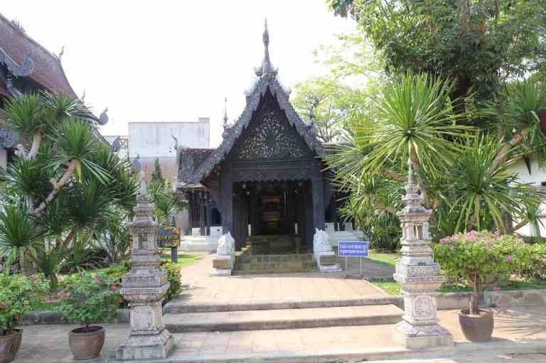 Luang37