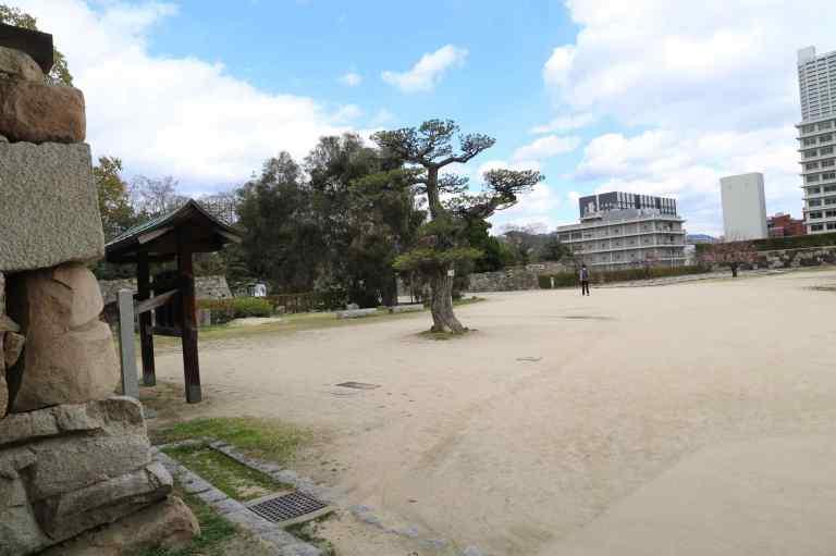 HiroshimaCastle12